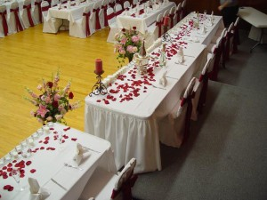 tablewithflowerpetals